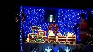 Download Video Charity xmas lights on house in vallance park road dagenham december 2010 MP3 3GP MP4