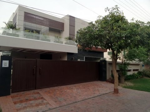 1 KANAL BUNGALOW IS AVAILABLE FOR SALE IN SUI GAS SOCIETY PHASE 1 - BLOCK D LAHORE