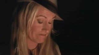 """Annika Ljungberg: """"Jag är rädd för att få med mig någon hem"""" - En natt på slottet (TV4)"""