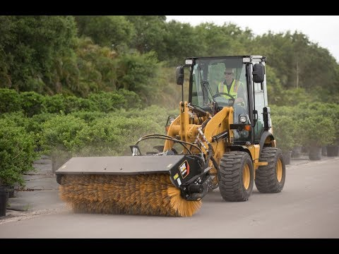 Cat® 903D Compact Wheel Loader | Creep Control, Throttle Lock And Auxiliary Functions
