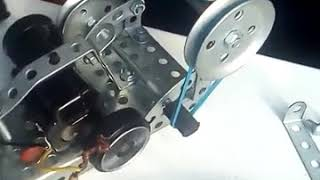 Ролики с обучения инженерной робототехнике