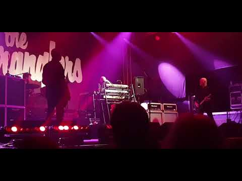 The Stranglers = No more Heroes