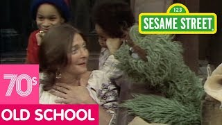 Sesame Street: Judy Collins and Oscar Sing the Three Grouches Song