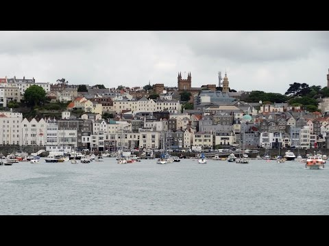 Guernsey - St Peter Port (with Ruby Princess)