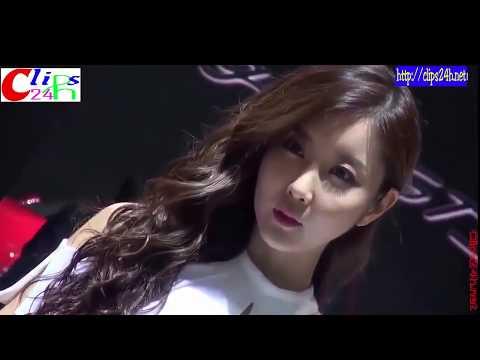 Car Show Girls   Korean Pretty Girls at Seoul Motor Show