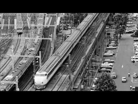 El tren bala cumple 50 años en Japón