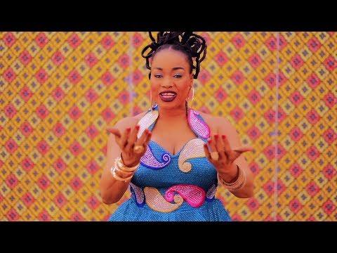 Oumou Sangaré - Mali Nialé (Official Video)
