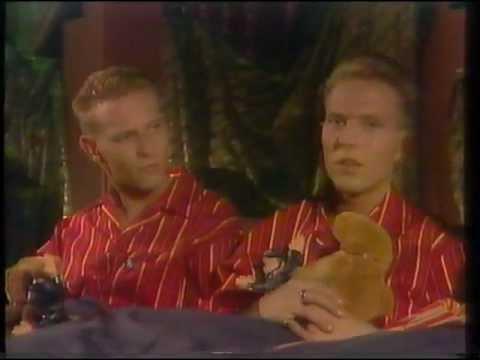 Bros - Matt & Luke Goss 1988 - In Bed Together! *Super Rare*