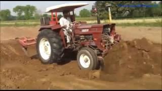 Pakistani Tractors Working Loading  |  Fiat 640 & Massey Ferguson