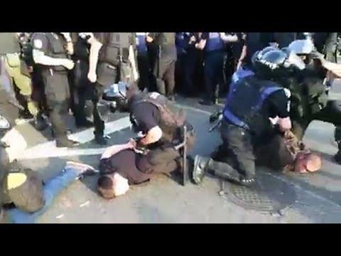 Киев.Срочно.Безпощадное массовое задержание людей !!!