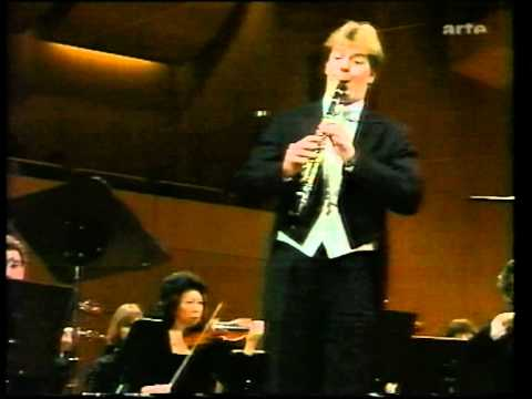 Karl-Heinz Steffens played Weber`s Clarinet Concerto nº1 (I. Allegro)