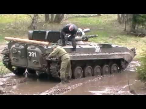 BMP-1 fahren beim Oldtimerteilemarkt Benneckenstein 2012
