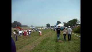 Czarże 27 lipca 2013 - zrzut wody PZL M18 Dromader