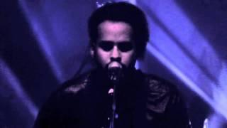 "Twin Shadow ""Tyrant Destroyed"" Live @ Point Ephemere / Paris"