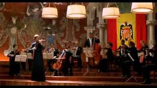 En Brazos de la Mujer Madura (1997) - Flirteo