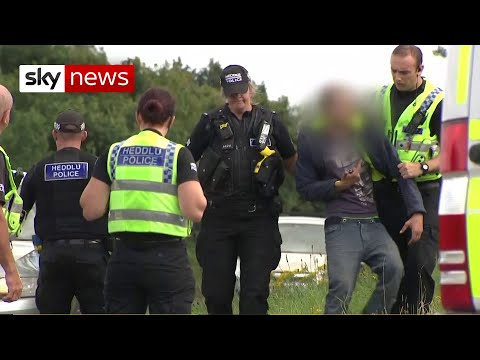 'Selfish individuals': Police hand out £10k fines for illegal parties – UK COVID-19