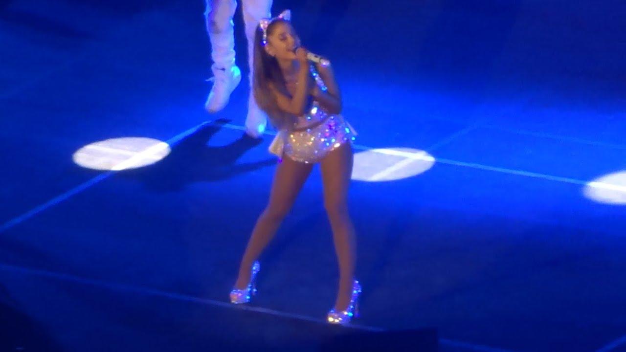 Ariana grande manila live webcam