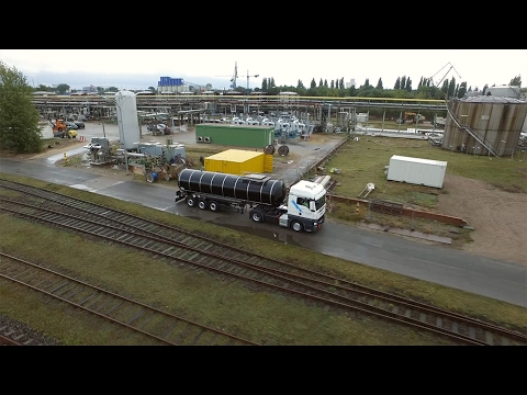 Nynas Bitumen truck loading in Harburg
