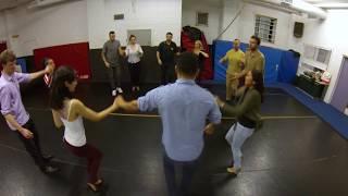 Baila Boogaloo Salsa Lessons - Casino Rueda