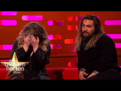 Download Youtube: Kelly Clarkson is Freaked Out by INSANE Red Chair Story! | The Graham Norton Show