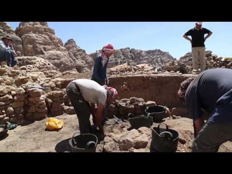 Want to be an Archaeologist? Short film with help and advice.