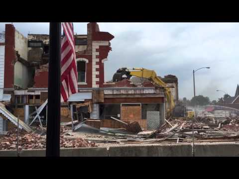 Downtown Vandalia Illinois building demolition torn down