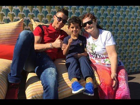 Cristiano Ronaldo se refugia en su familia