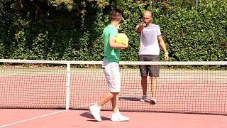 Tennis usando i piedi?? | calcio tennis challenge