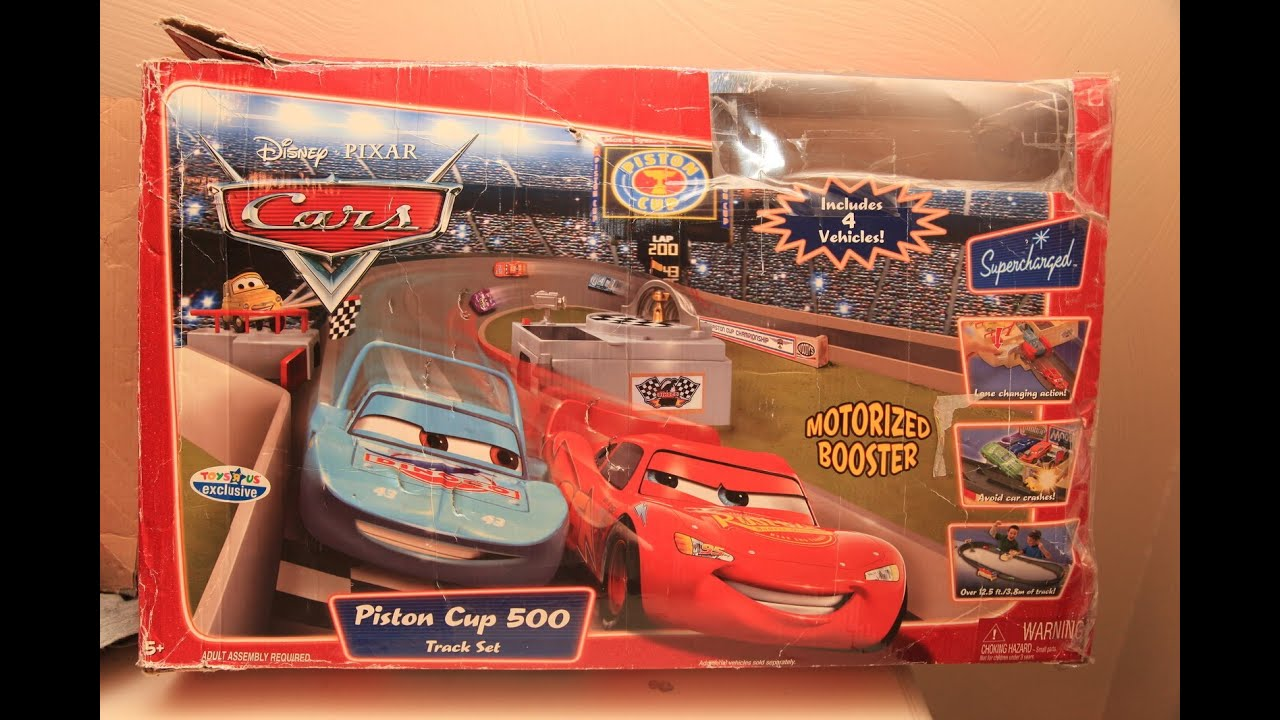 Disney cars piston cup 500 race track set toys r us review for Bureau cars toys r us