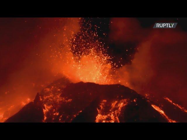 <span class='as_h2'><a href='https://webtv.eklogika.gr/italia-fotia-kai-ekrixeis-zontaneyoyn-ton-oyrano-tis-sikelias-meta-tin-teleytaia-ekrixi-tis-aitnas' target='_blank' title='Ιταλία: Φωτιά και εκρήξεις ζωντανεύουν τον ουρανό της Σικελίας μετά την τελευταία έκρηξη της Αίτνας'>Ιταλία: Φωτιά και εκρήξεις ζωντανεύουν τον ουρανό της Σικελίας μετά την τελευταία έκρηξη της Αίτνας</a></span>