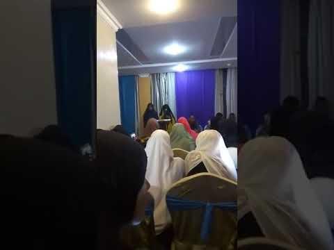 Gabar amaneeso beesha saransoor, goobtu waa Grand  Royal. Nairobi Kenya