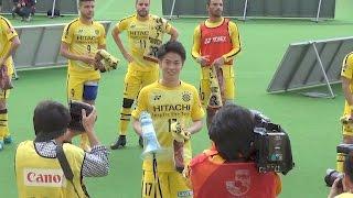 2017年5月14日、FC東京戦の試合後です。 GK中村航輔選手の好セーブ、手...