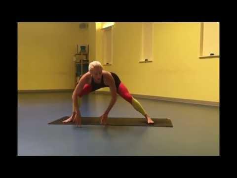 How to do Skandasana (side lunge) | Spira Power Yoga