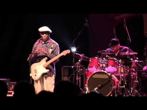 Buddy Guy - Cheaper To Keep Her - Mustang Sally - Quinn - Live @Ottawa Bluesfest (July 13 2011)