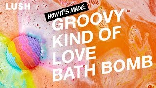 Lush How It's Made: Groovy Kind Of Love Bath Bomb