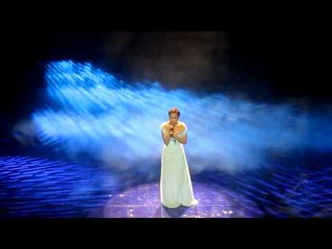"""My Tam - Liveshow """"Cho Mot Tinh Yeu"""" - Con Mua Di Vang"""