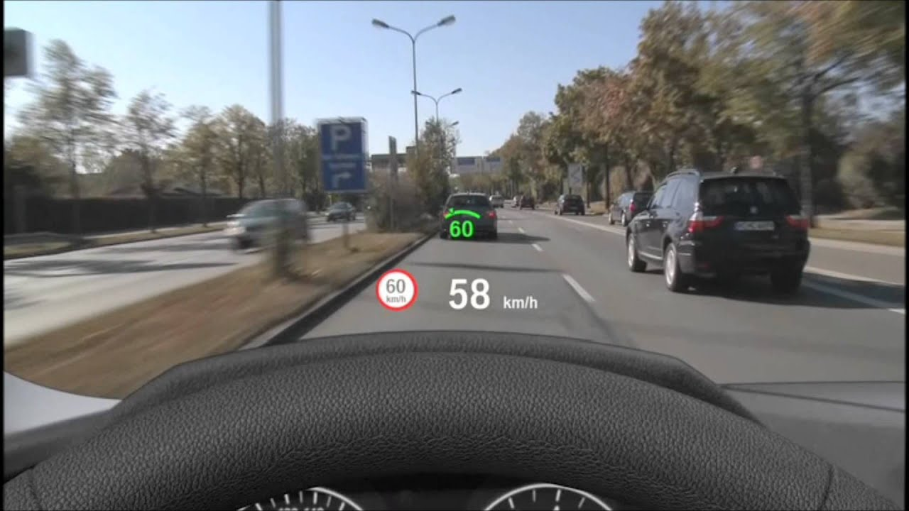 Bmw Vollfarbiges Head Up Display In Aktion Youtube