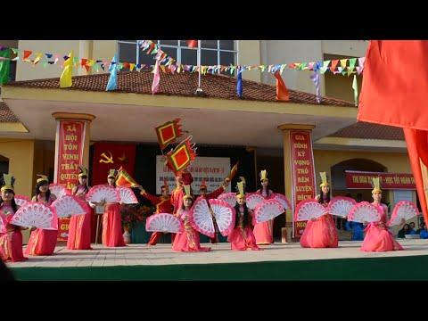 """Múa """"Dòng Máu Lạc Hồng """" Lớp 12A1 1997 THPT Quế Võ 2"""