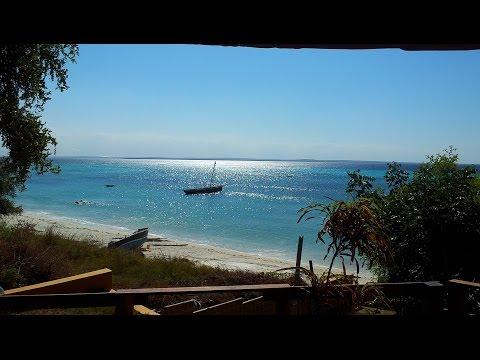 Mozambique - Pemba - By marginal to Chuiba
