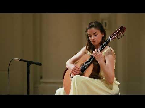 Ana Vidovic (guitar) plays Piazzolla