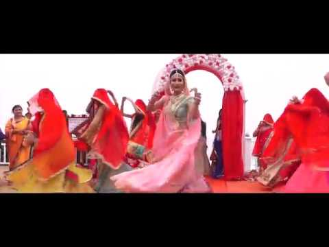 Amazing Bride Shivani's Entry on The Song Ghoomar #VineetShivani Filmed by RS Wedding Bells