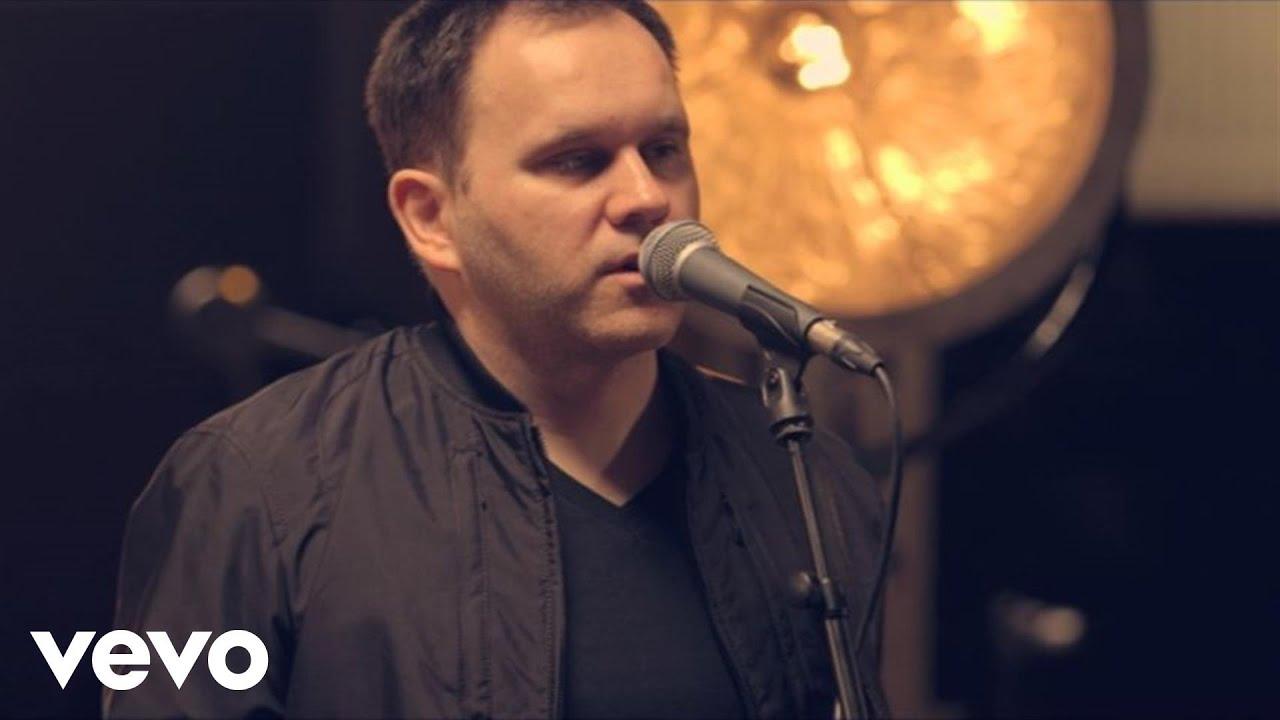 matt-redman-it-is-well-with-my-soul-acoustic-live-mattredmanvevo