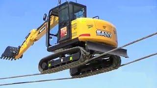 Extreme Dangerous Heavy Equipment Excavator Operator Skills & River Crossing Excavator Driving