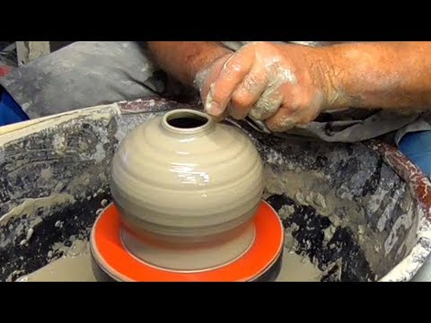 Making a Pottery Oil Lamp on the Wheel.