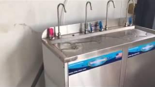 Máy lọc nước uống nóng lạnh công nghiệp 4 vòi cong