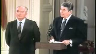 Ronald Reagan and Mikhail Gorbachev at the INF Treaty Signing