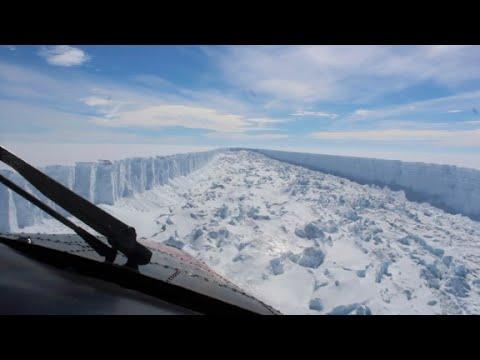 Massive iceberg breaks away from Antarctica