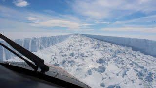 Massive iceberg breaks away from Antarctica thumbnail