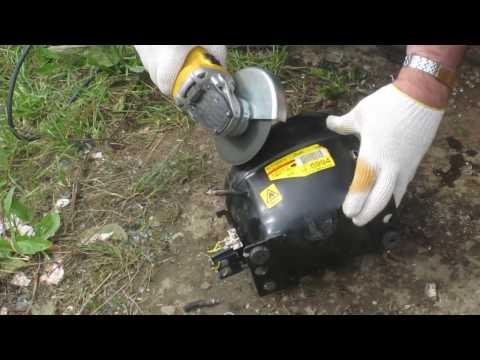 видео: Разборка двигателя от холодильника в реальном времени , вытащить медь очень просто
