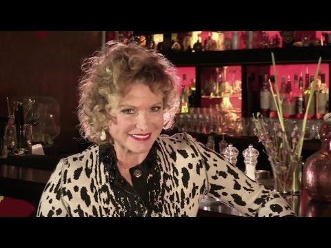 Princesse artiste, leçon de thé à Shanghai et les bijoux de Lydia Courteille - NPU 412